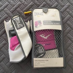 Kickboxing gloves pink